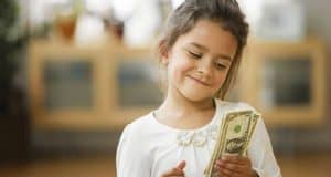 5 ways to save for your child's education